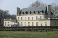 chateau-dos